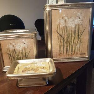 Croscill Orchids and Narcissus bathroom set